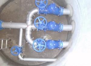 3 vannes de répartition local enterré pompes de relevage Gif sur Yvette 2014-06-24