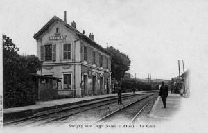 La première gare de Savigny-sur-Orge, avant 1904. Carte postale A. Thévenet, Savigny. Collection HB.