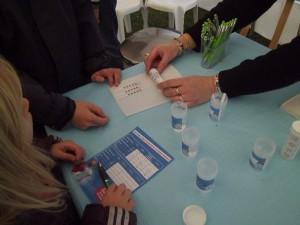 Journée des Goûteurs d'Eau - découverte des paramètres chimiques de l'eau - © Jean-Marie CORBIN Novembre 2014