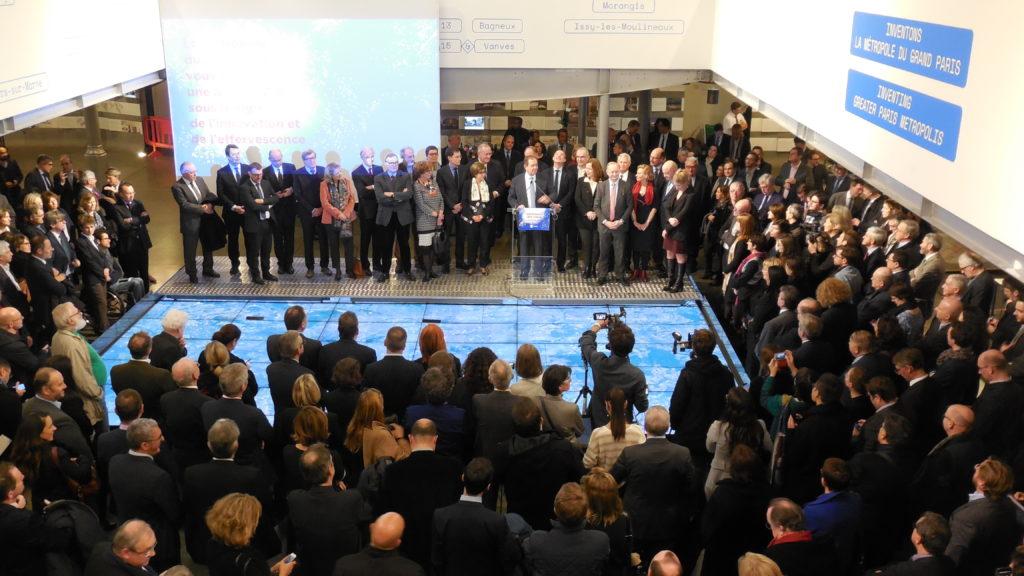 Patrick OLLIER, président de la Métropole du Grand Paris (MGP) lors de son allocution à la cérémonie des voeux, le lundi 22 janvier 2018 au Pavillon de l'Arsenal, à Paris. © Photograhie BM pour PEE 2018.